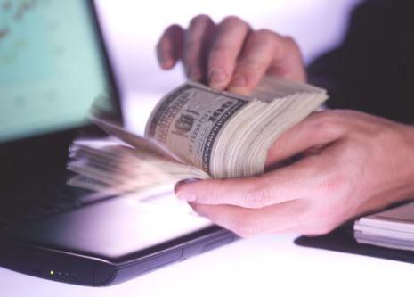 Komisyonla Kredi Verenler